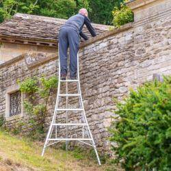 Henchman Professional Tripod Ladder - 3 Adjustable Legs
