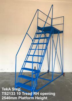 TekA Step Single Ended Access Platforms - 500kg Heavy Duty - 3454x1092x3048 - TS2133/30/10