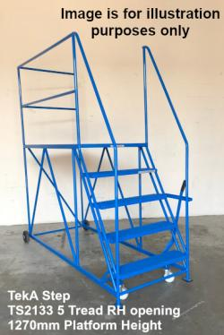 TekA Step Single Ended Access Platforms - 500kg Heavy Duty - 2946x991x2743 - TS2133/30/8