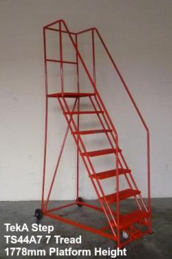 TekA Step Foot Lock Mobile Safety Steps  Warehouse Ladder
